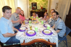 43-activities-Family-dinner